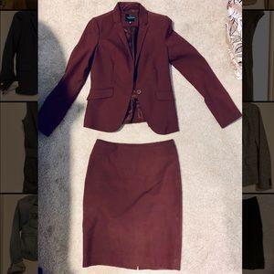 Limited Plum colored Suit Set SZ. 0